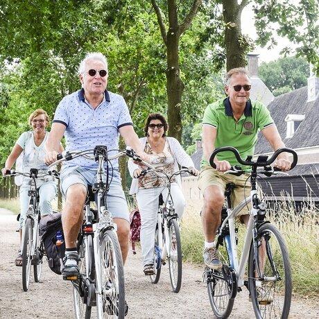 recreatiepark-de-lucht-fietsen1.jpg